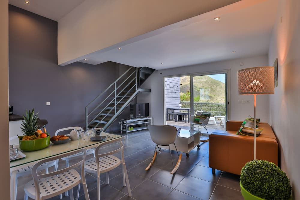 Design korter läbi kahe korruse - Lõõgastumisala