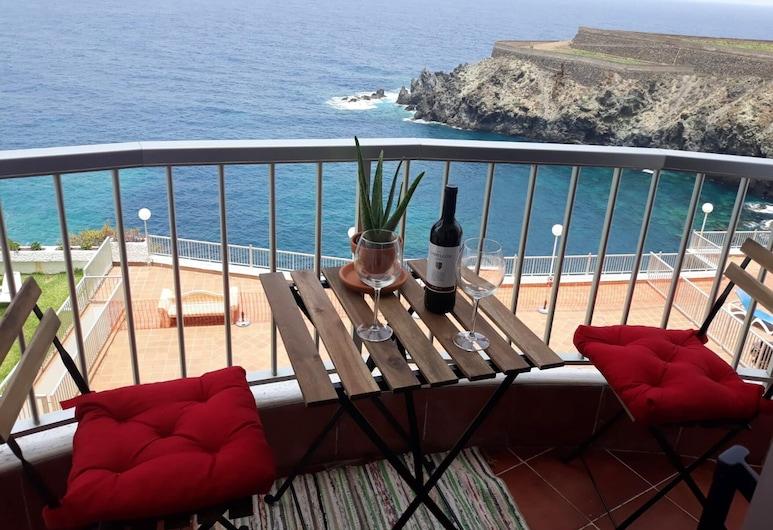 Studio in Playa San Marcos, With Wonderful sea View, Shared Pool, Furnished Terrace - 20 m From the Beach, Icod de los Vinos, Varanda