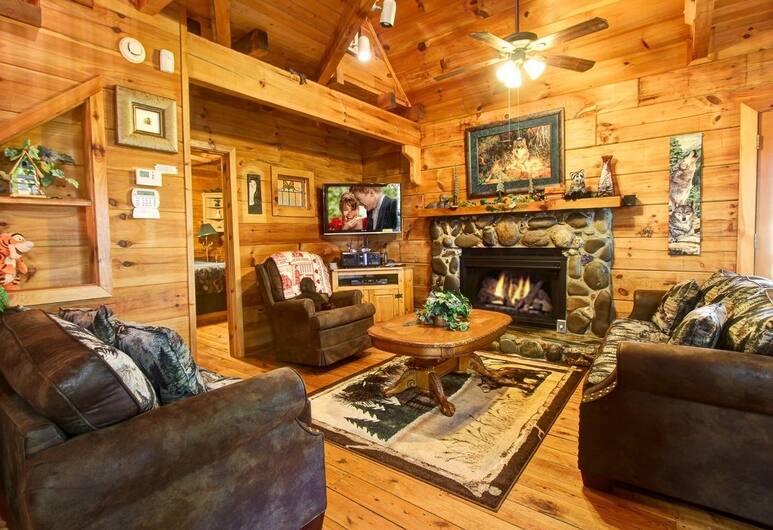 Mountain Mischief 2 Bedroom Cabin, Sevierville, Ferienhütte, 2Schlafzimmer, Wohnzimmer
