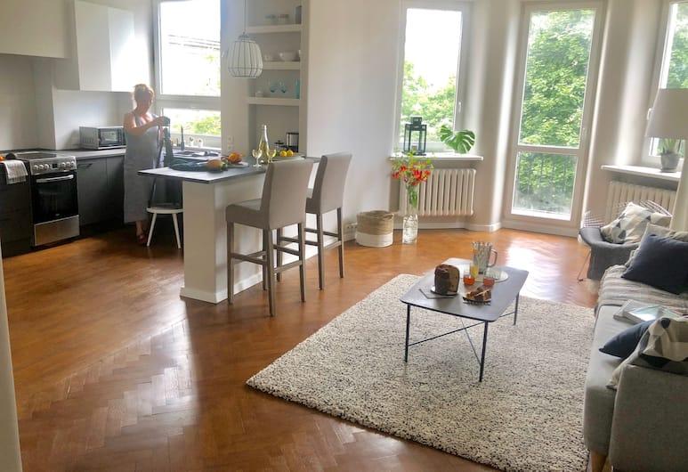 Classic apartment in Warsaw, Βαρσοβία, Classic Διαμέρισμα, 1 King Κρεβάτι με Καναπέ-Κρεβάτι, Μη Καπνιστών, Περιοχή καθιστικού