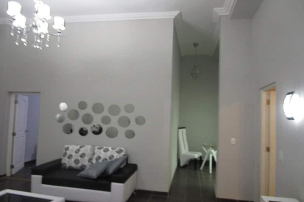 Standard Apartment, 2 Bedrooms, Non Smoking - Living Area