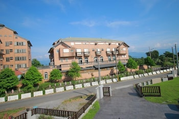 Picture of Riverside Villa in Luodong