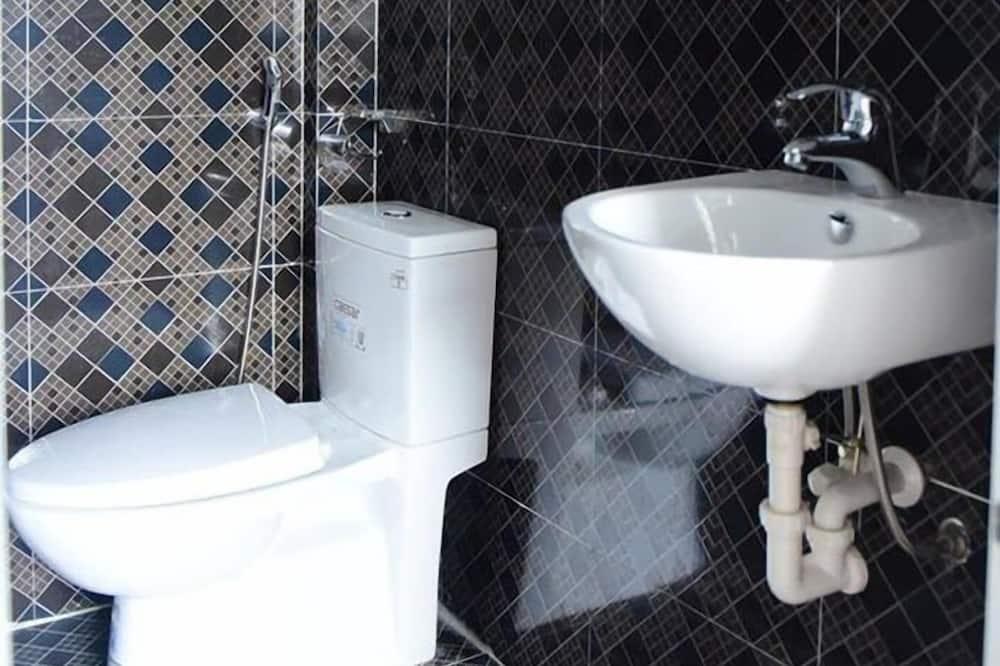 Δωμάτιο (5 Pax) - Μπάνιο
