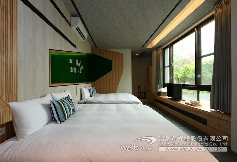 Ruo Shui Hotspring Hotel, Jiaoxi, Quarto Quádruplo Económico, 2 camas queen-size, Não-fumadores, Quarto