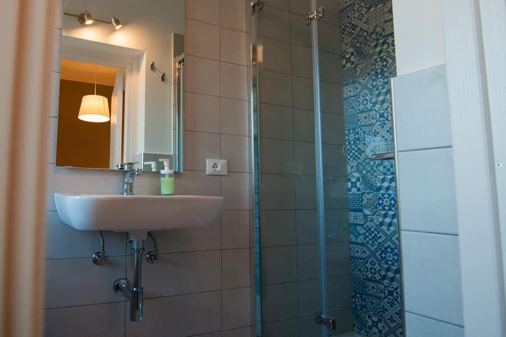 豪華雙人或雙床房, 露台 - 浴室
