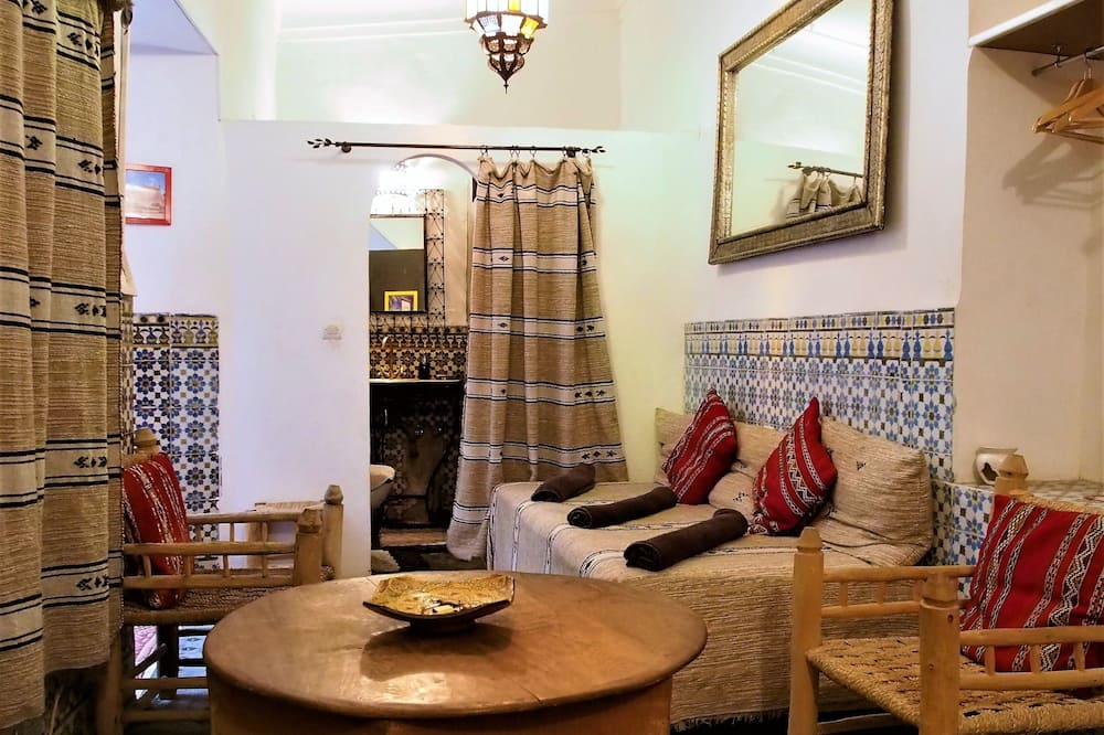Traditional Τρίκλινο Δωμάτιο, Μη Καπνιστών (Bigarrée) - Περιοχή καθιστικού