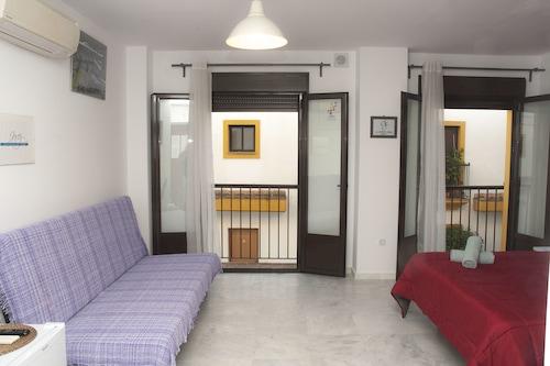安達盧西亞赫雷斯公寓飯店/