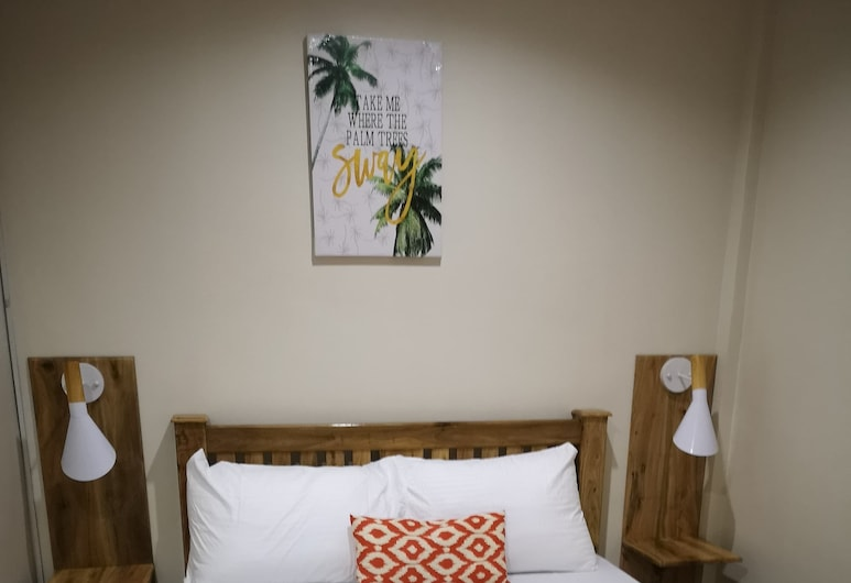 Tropical Stay Accommodations, Tagbilaran, Deluxe Double Room, Guest Room