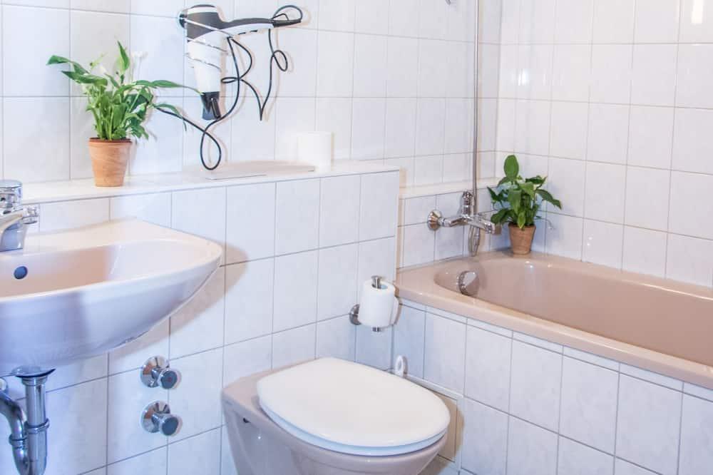 อพาร์ทเมนท์, 2 ห้องนอน (Ferienwohnung Kuh) - ห้องน้ำ