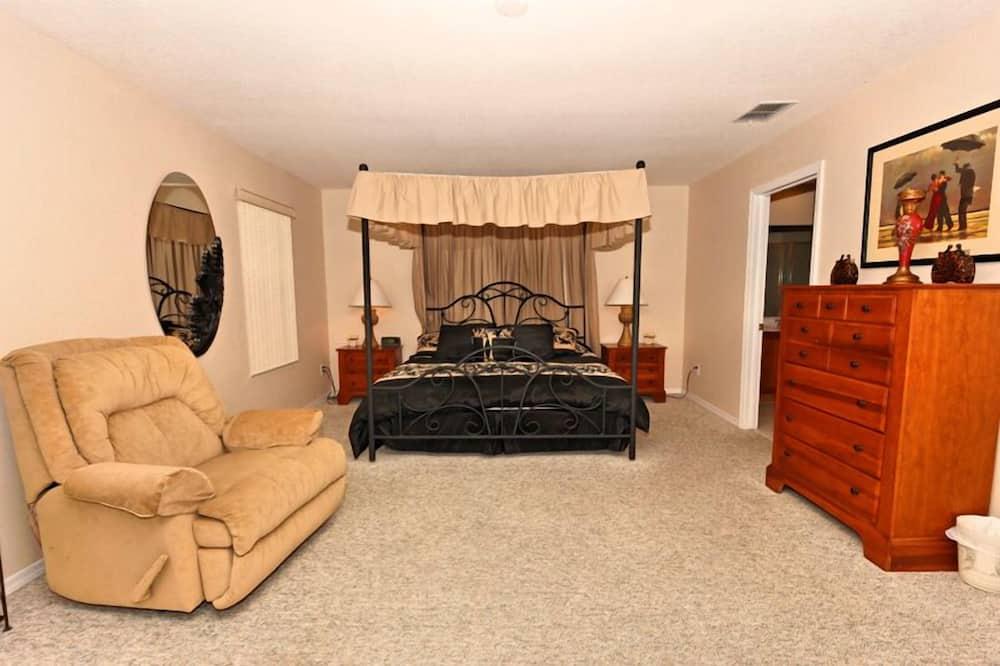 Villa - 5 soveværelser - køkken - udsigt til golfbane - Værelse