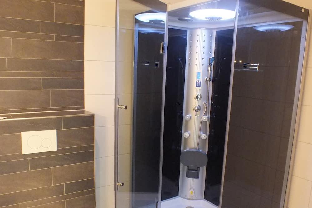 Deluxe Double Room (Grimberg) - Bathroom