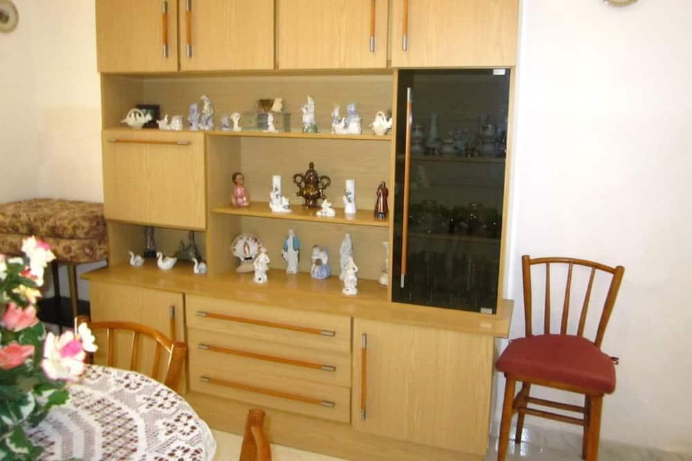 Lägenhet - 2 sovrum - uteplats - Vardagsrum