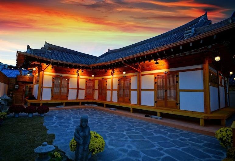 Hanok House, Jeonju, Hotel homlokzata