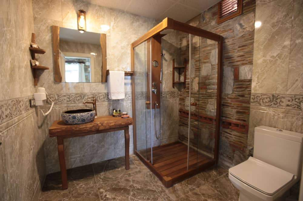 Pokoj Deluxe se dvěma jednolůžky, 1 ložnice - Koupelna