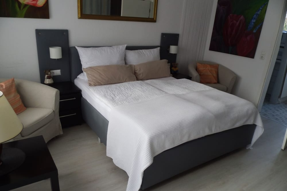 Double Room, Kitchenette - Living Area