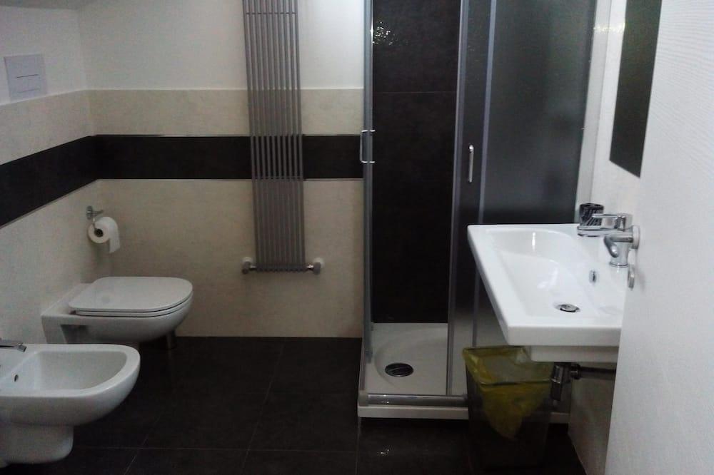 Twin Room, 2 Katil Bujang (Single) - Bilik mandi