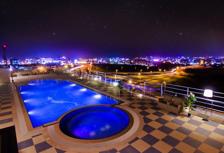 Al Murooj Grand Hotel, Maskat, Pool auf dem Dach