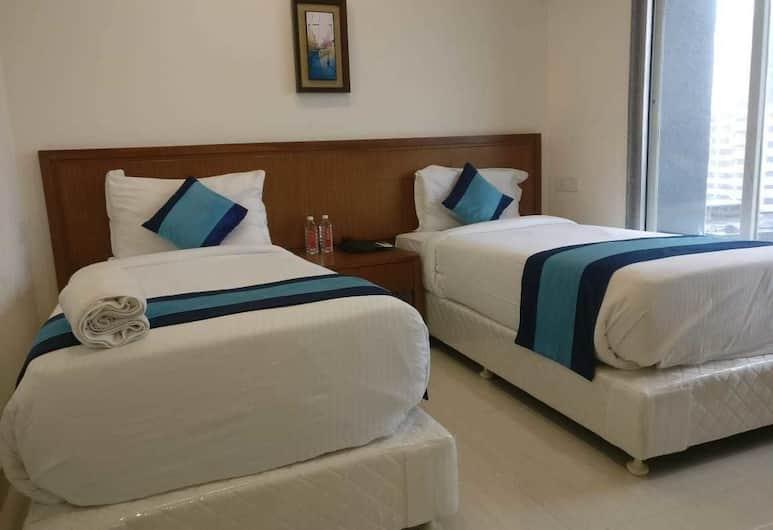 Mint Magna Suites, Mumbai, Executive Twin Room, 2 Twin Beds, Non Smoking, City View, Room