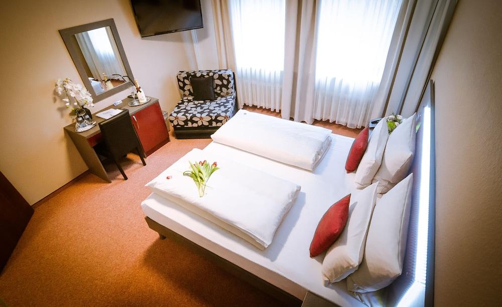 Waldhotel Sindelfingen am Eichholz in Sindelfingen - Hotels.com