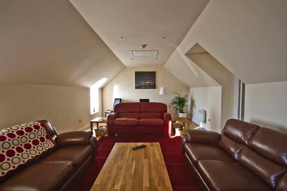 King Double En-suite Room with Seaview - Oleskelualue