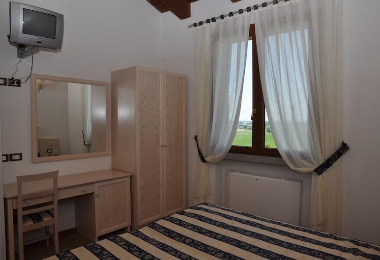 Trattoria Mingaren Albergo, Bertinoro, Double or Twin Room, Mountain View, Guest Room