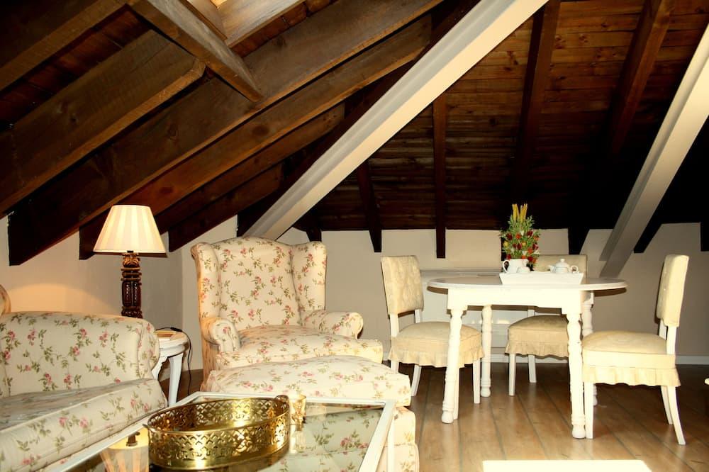 Apart Daire, 1 Yatak Odası (Jaralon) - Oturma Odası