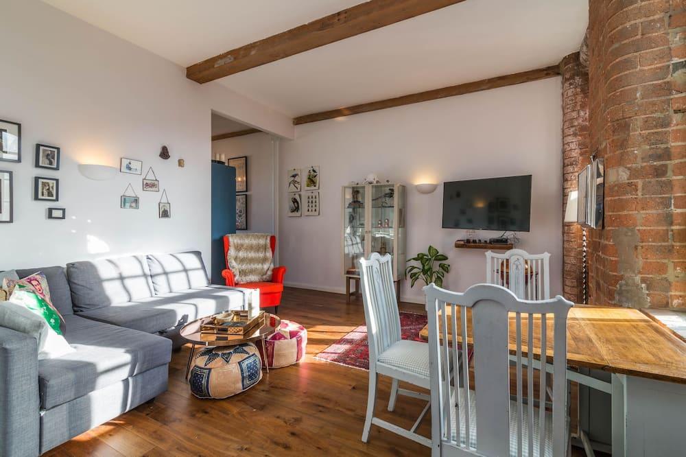 Apartment 86 - Living Area