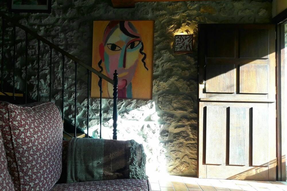 Ház, 3 hálószobával, terasz - Nappali rész