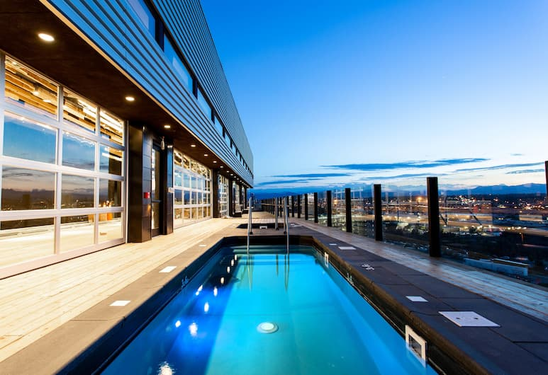 The Source Hotel, Denver, Rooftop Pool