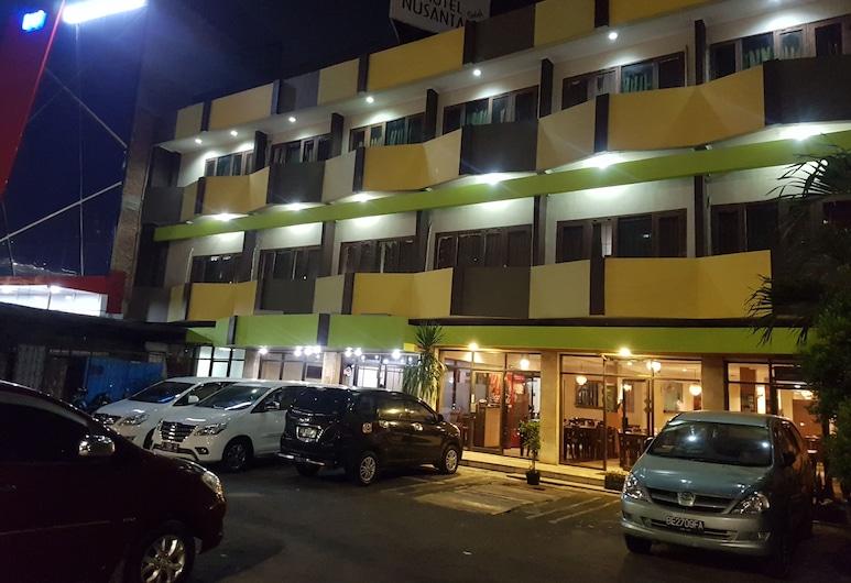 Hotel Nusantara Indah Syariah, ג'קרטה, חזית המלון