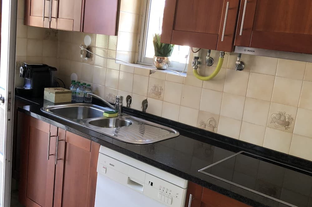 Double Room - Shared kitchen