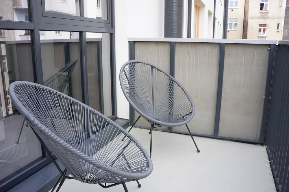 Premium-loftsværelse - 1 kingsize-seng - balkon - Altan