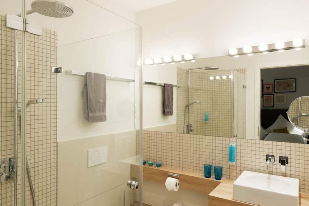 Deluxe Studio (MONTIS) - Bathroom
