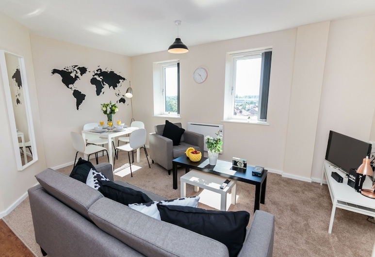 Approved Serviced Apartments Park Rise, Manchester, Classic Apartment, 2 Double Beds, Non Smoking, Living Area