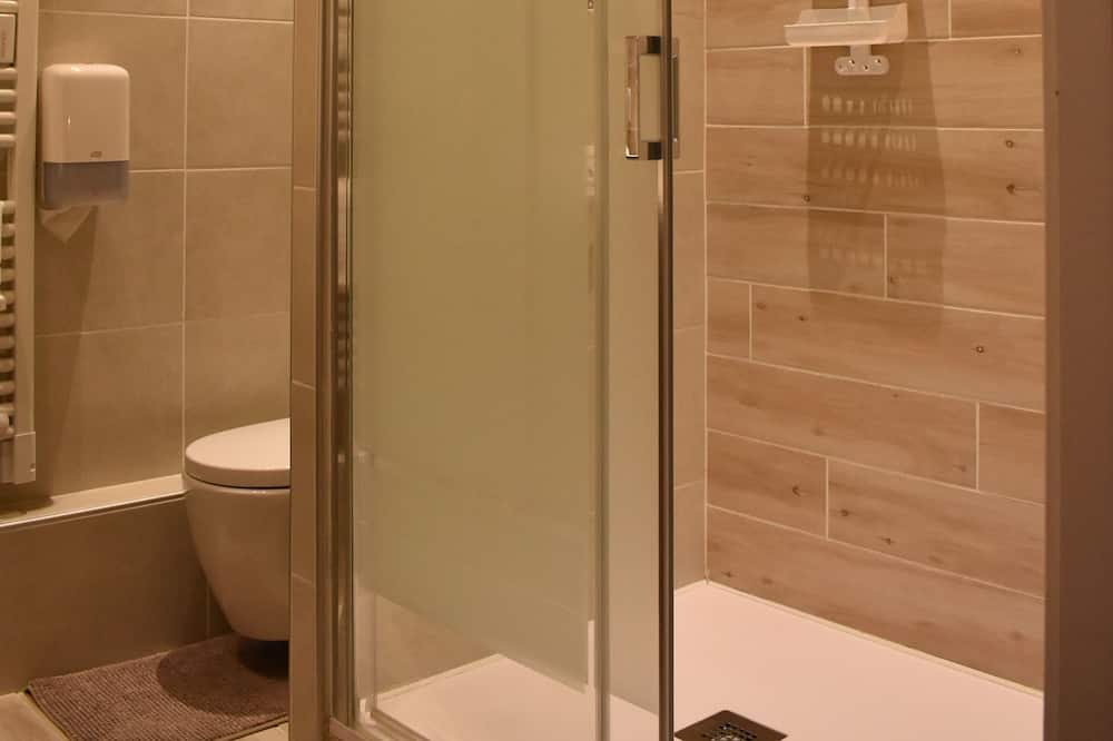 Værelse med 2 enkeltsenge - Badeværelse