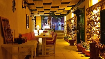 Picture of Evo Cafe & Konuk Evi in Seferihisar
