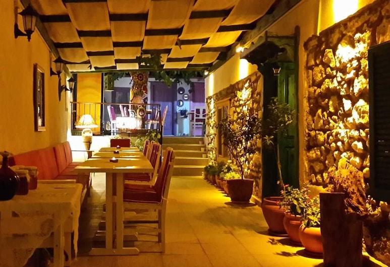 Evo Cafe & Konuk Evi, Seferihisar, Sala de estar
