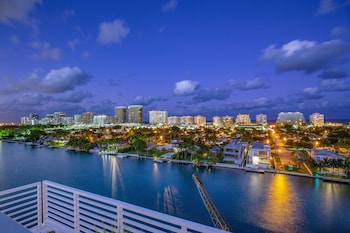 Picture of Acqua Bay Luxury Apartments in Bay Harbor Islands