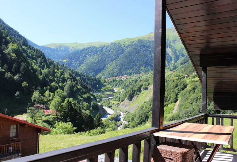 Zeyrek Apart, Çaykara, Balcony
