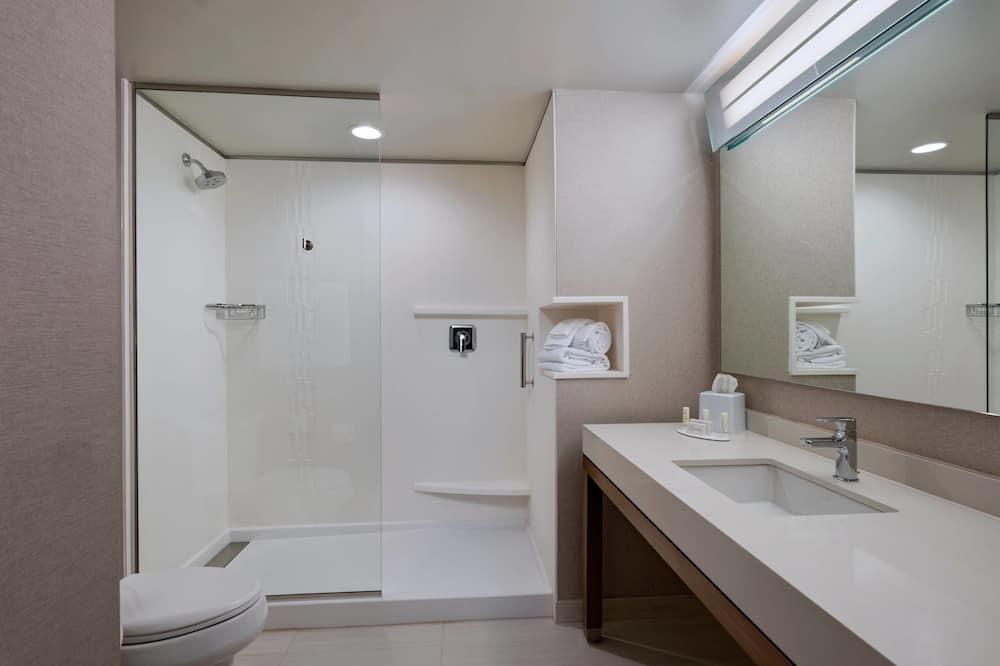 Suite, 2 Katil Ratu (Queen), Non Smoking - Bilik mandi