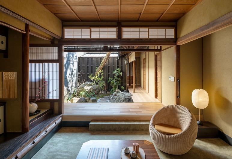 京都七十七二條邸飯店, Kyoto, 奢華客房, 1 張特大雙人床 (with Outdoor Bath), 花園景觀
