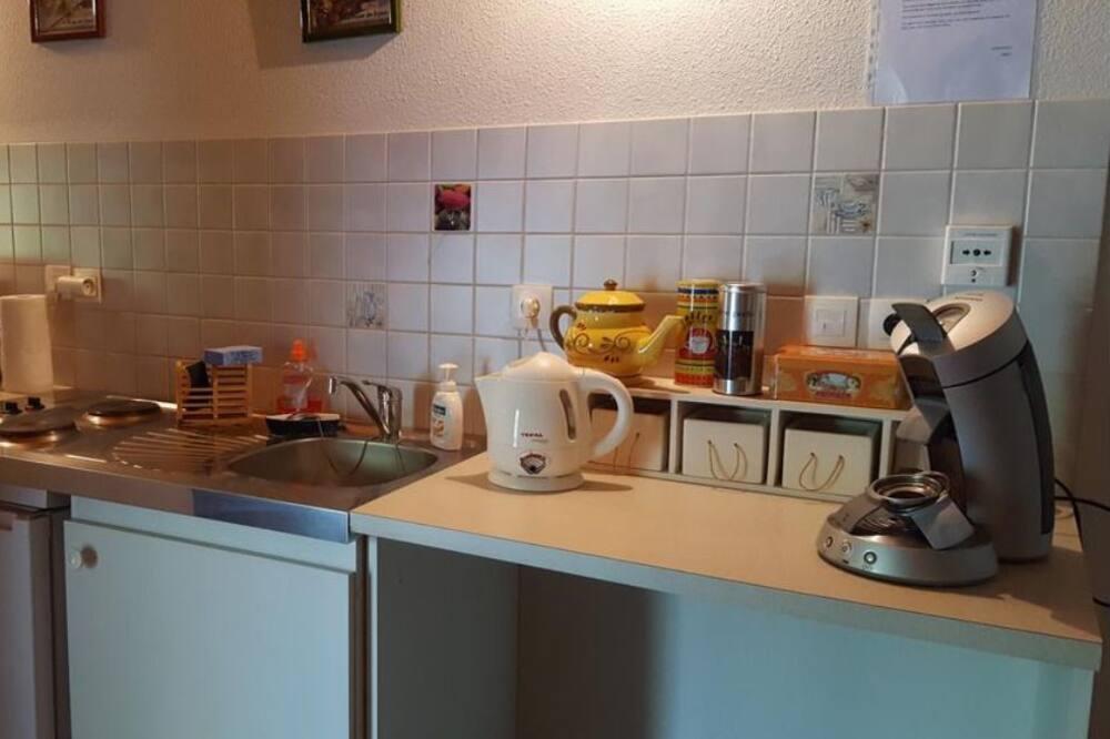 Rodinný pokoj (Bruyeres) - Společná kuchyně