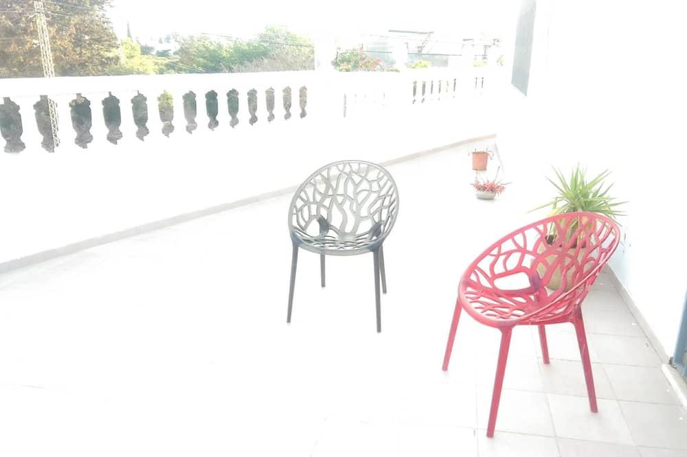Comfort Villa, 2 Bedrooms, Smoking - Terrace/Patio