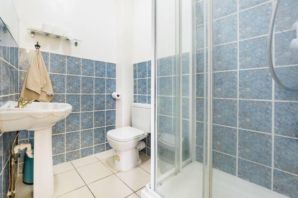 Economy Apartment, 1 Bedroom - Bathroom