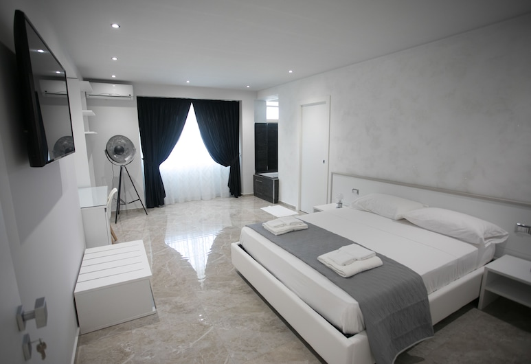 Tropea Luxury & Charm, Tropea, Suite, Jetted Tub, Guest Room