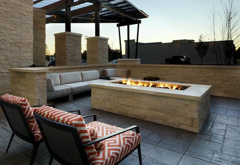 SpringHill Suites by Marriott Columbus Easton Area, Columbus, Terrace/Patio