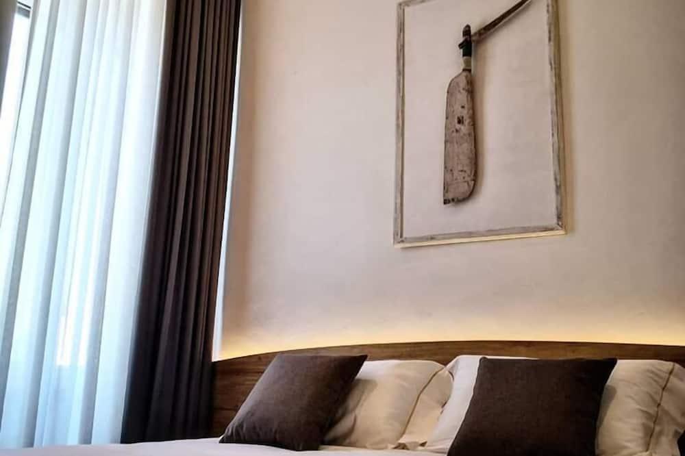 Design Double Room, 1 Queen Bed, Non Smoking - Guest Room