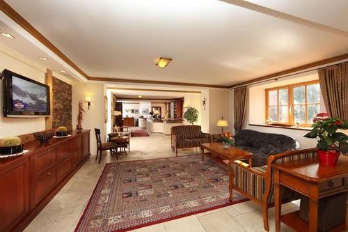 โรงแรม-กาสโธฟ
