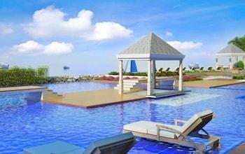 Picture of Dreamlike Arterra Hotel-Apartment Cebu Seaside 14 Floor in Lapu Lapu