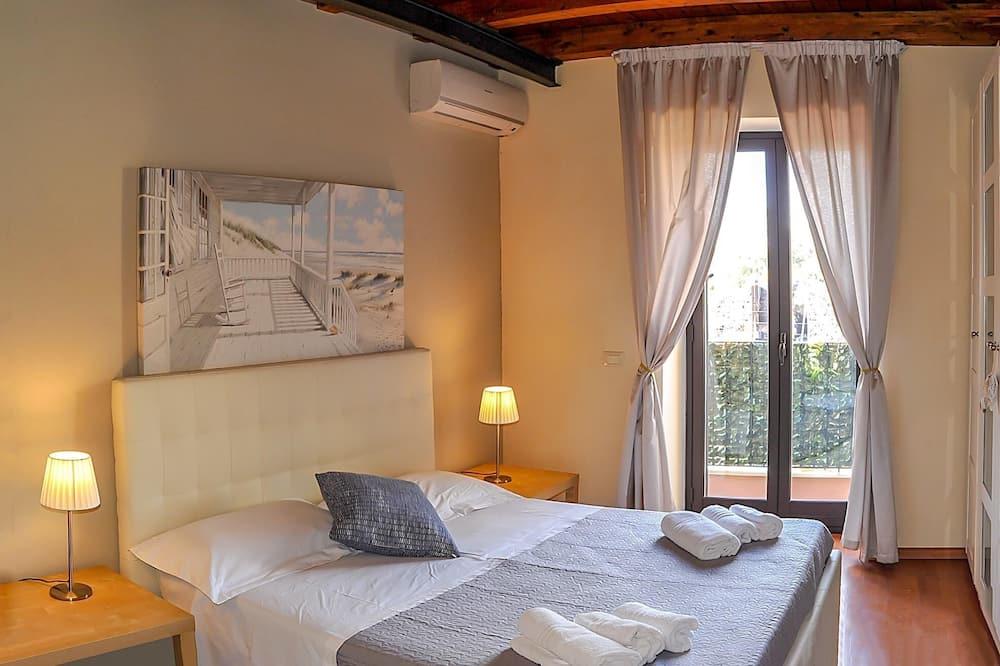 Dzīvokļnumurs, divas guļamistabas - Balkons